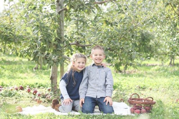 childrens portrait photos shelton connecticut courtney lewis photography